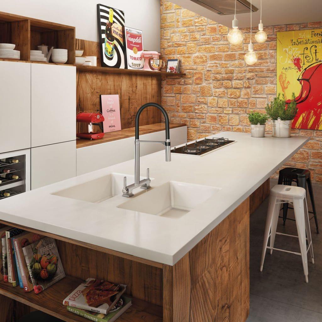 Misturador-para-Cozinha-de-Mesa-Bica-Alta-DOC-ChromeBlack-1024×1024